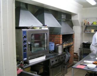 Работа на кухне и в ресторане гостиницы